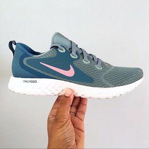 Nike Legend React Women's Size 10